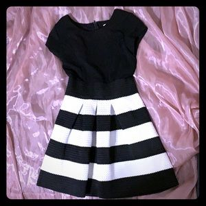Girls Four Threads dress, black and white size 10